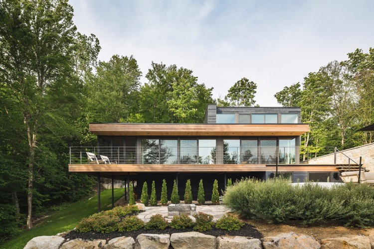 Estrade Residence / MU Architecture, © Ulysse Lemerise Bouchard ( YUL Photo)