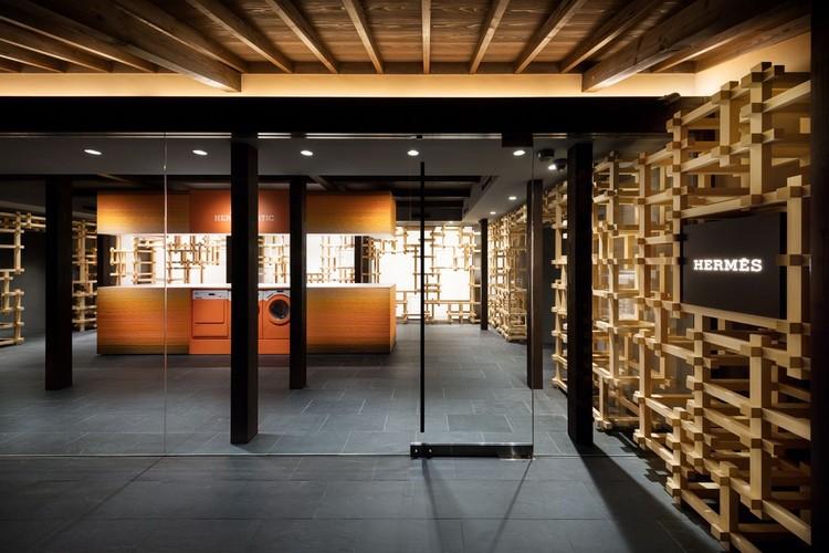 Loja Hermès Gion-mise / ODS, © Takumi Ota