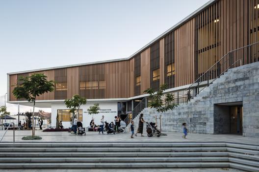 Rehovot Community Center Kimmel Eshkolot Architects
