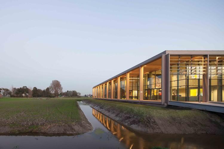 Cheese Dairy De Tijd, Westbeemster / Bastiaan Jongerius Architecten, © Luuk Kramer
