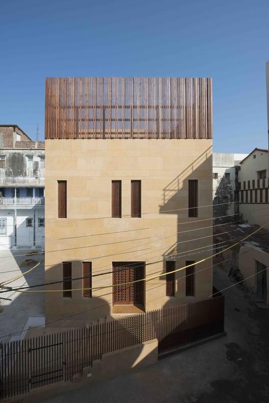 Casa MANDVI / SPASM Design Architects, © Sebastian Zachariah & Ira Gosalia