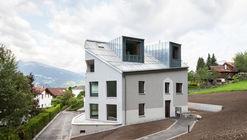 Multi-Family House in Caspärsch  / Schwabe Suter Architekten