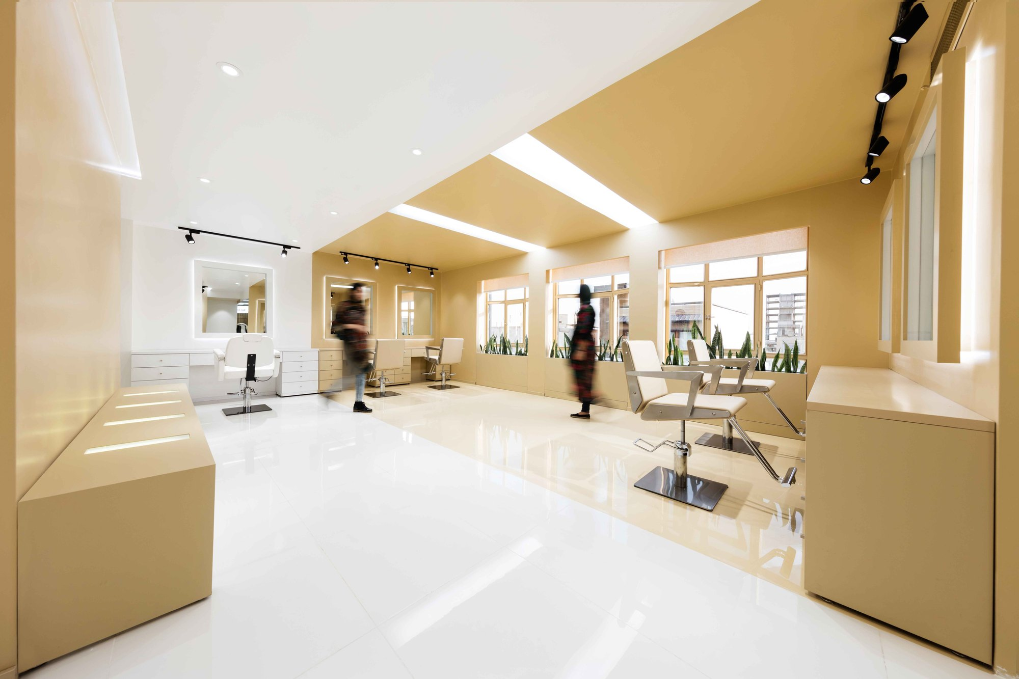 shokrniya beauty salon    4 architecture studio