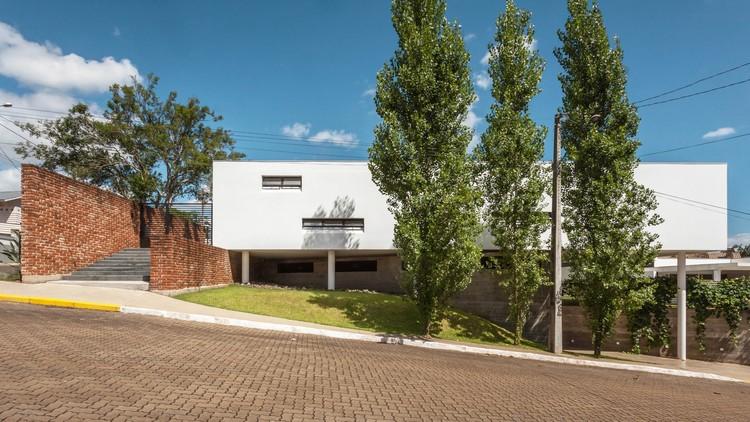 Rieger House / Leonardo Ciotta Arquitetura, © Cristiano Bauce