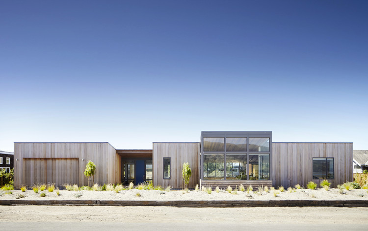 Stinson Beach Lagoon / Turnbull Griffin Haesloop Architects, © Shaun Sullivan Photography