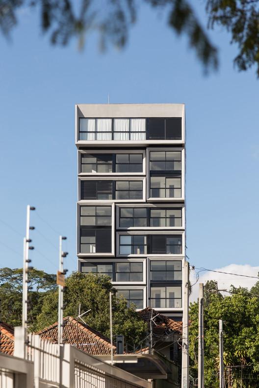 Fernando Abbott 866  / Arquitetura Nacional, © Marcelo Donadussi