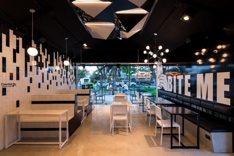BLACK PAN / Belén Quiroga + Grazia Pierini | Plataforma Arquitectura