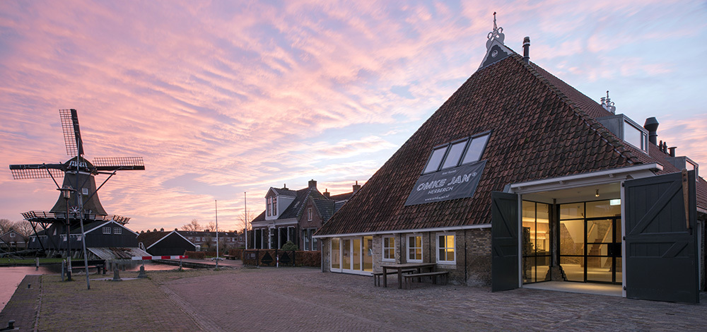Refurbishment Of Traditional Dutch Farmhouse Eek En Dekkers