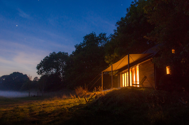 Oak Cabin  / Out of the Valley, © Out of The Valley