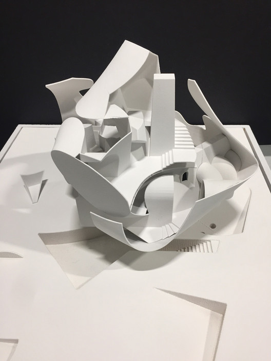 SCI-Arc's New Undergraduate Curriculum Radically Rethinks Conventional Educational Models, Wan-Hsuan Kung in Dwayne Oyler Studio. Image Courtesy of SCI - Arc