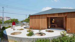 Casa em Mukainada  / FujiwaraMuro Architects