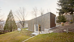 Font Rubi Cottage  / Marc Mogas & Jordi Roig