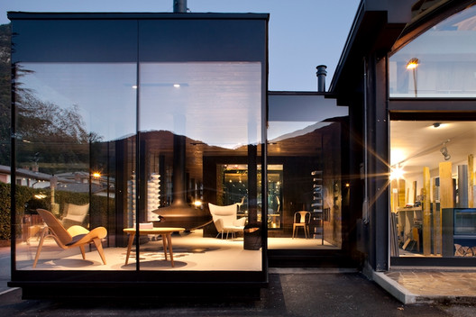 Design Furniture Store Interniceramiche /  Ceschia e Mentil Architetti Associati