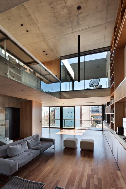 Vivienda en altura  / ATV arquitectos, © Albano García