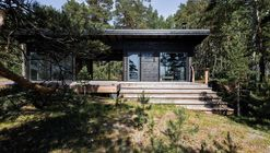 Summer House on the Baltic Sea Island  / Pluspuu Oy