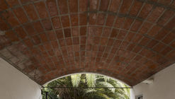 HQ House / Fernando De Rossa + Virginia Miguel