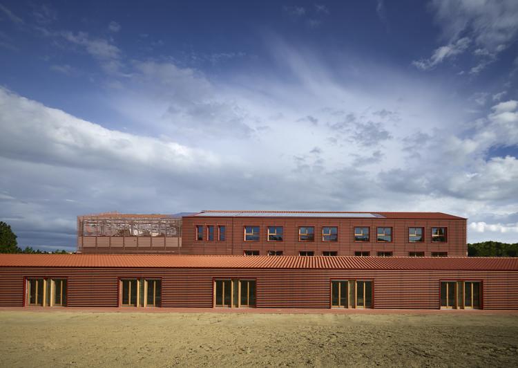 Ex furnace di riccione recovery pietro carlo pellegrini architetto archdaily - Architetto rimini ...