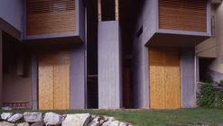 Garagem e Depósito de Utensílios em Timau / Ceschia e Mentil Architetti Associati