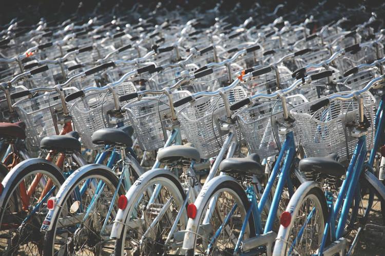 Sistema de bicicletas compartilhadas de Lisboa passará a funcionar em junho, © Berto Macario, via Unsplash. Licença CC0 1.0