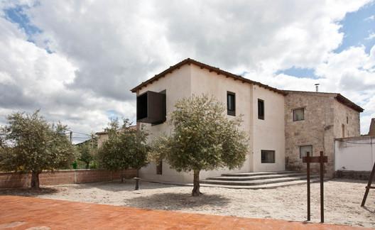Traspinedo City Hall Refurbishment / Óscar Miguel Ares Álvarez
