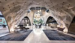 """PRODUCE Workshop Debuts Plywood-based """"Fabricwood"""" Pavilion for Herman Miller's Shop-in-Shop"""