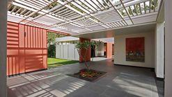 Rohan Akriti / Collage Architecture Studio