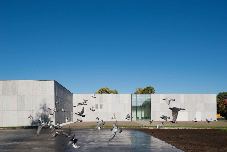 Pavilion DIT [Department of Information Technology] / Architecture bureau WALL