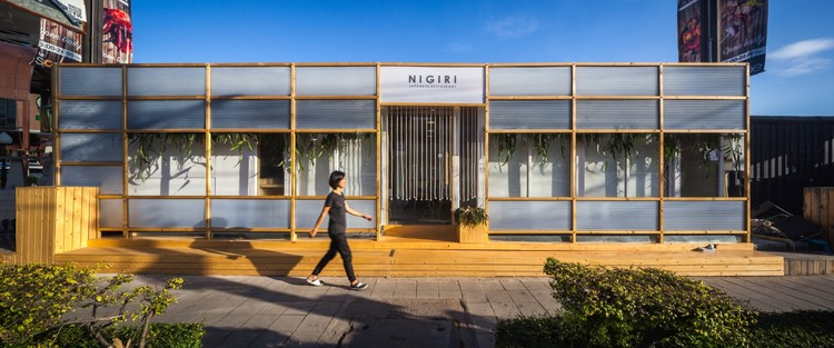 NiGiRi Sushi and Restaurant / Junsekino Architect And Design, Courtesy of Junsekino Architect And Design
