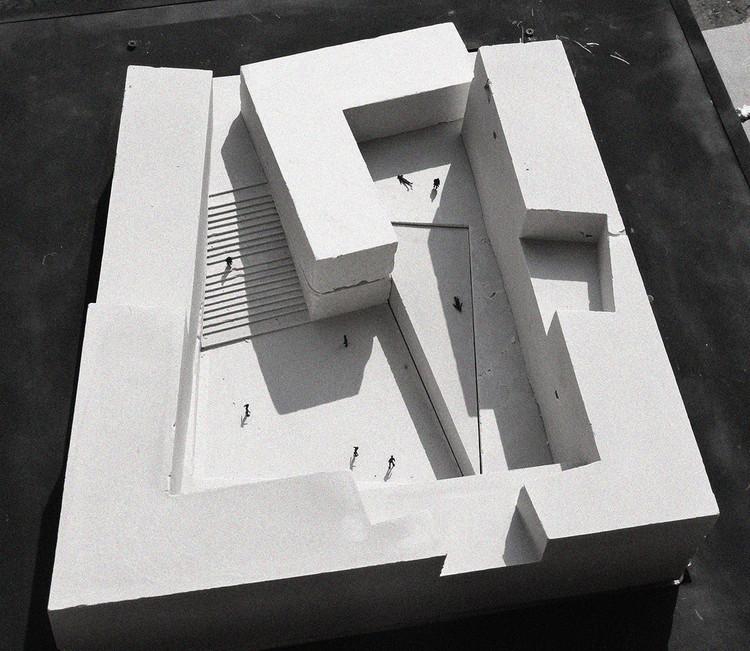 9 maquetes de cimento para representar projetos de arquitetura, Cortesia de David Rodriguez Arquitectos + Combeau & De Iruarrizaga Arquitectos