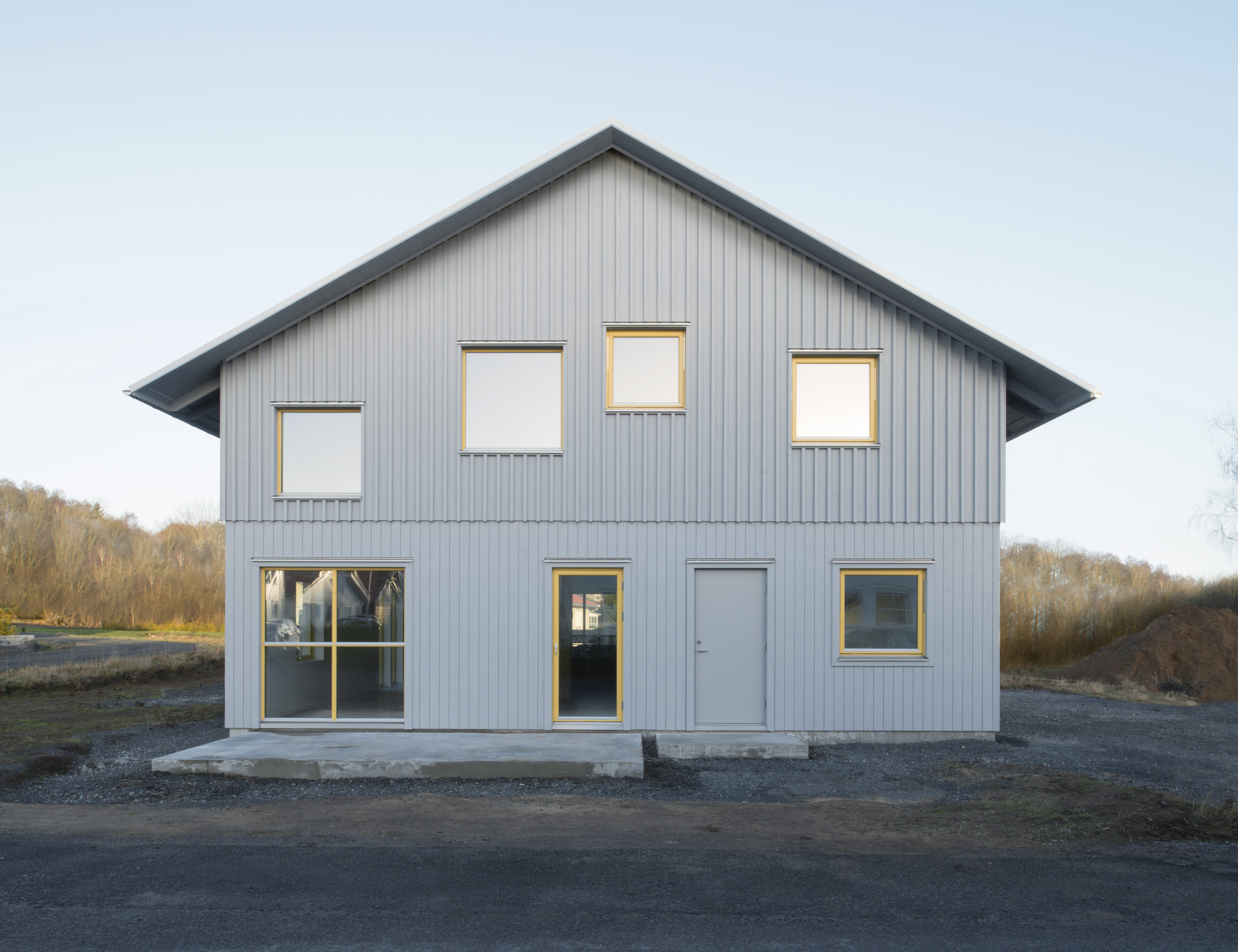 House 669 helgessongonzaga arkitekter archdaily for Swedish prefab homes