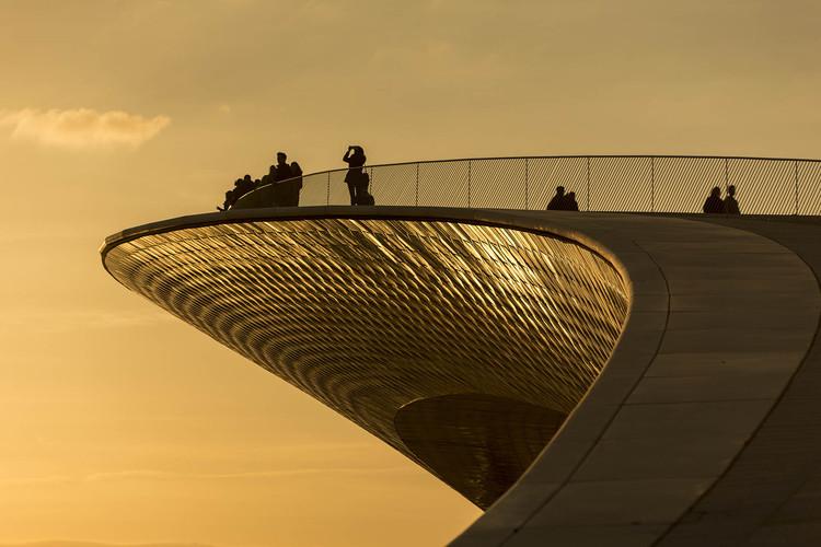 Vídeo em timelapse apresenta o MAAT na orla de Lisboa, © Alejandro Villanueva