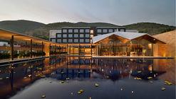 Hotel Dasavatara / SJK Architects