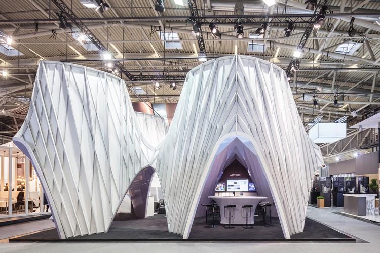 UNStudio constrói estrutura perolada para a maior feira comercial de arquitetura do mundo, © Laurian Ghinitoiu
