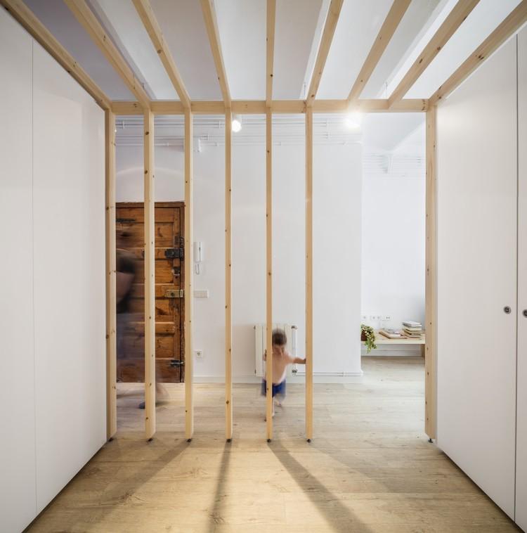 LB Apartment / Alventosa Morell Arquitectes , ©  Adrià Goula