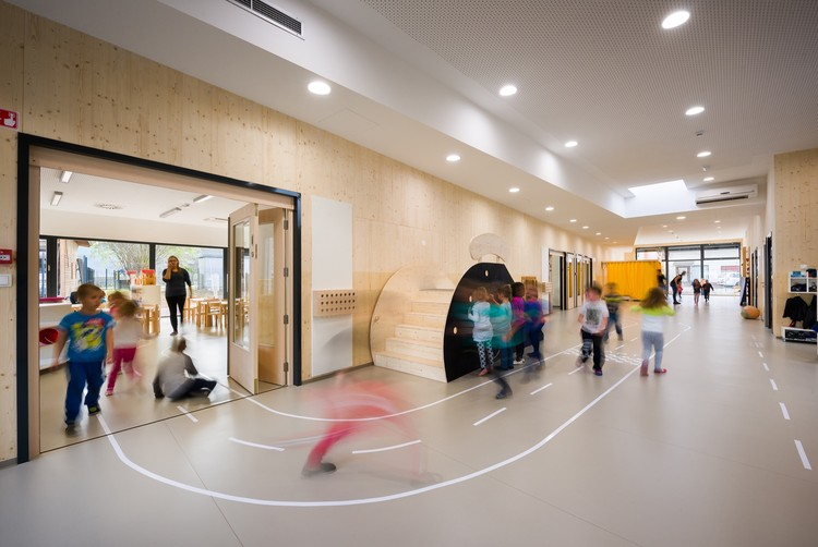 Podgorje TimeShare Kindergarten and School  / Arhitektura Jure Kotnik, © Janez Marolt