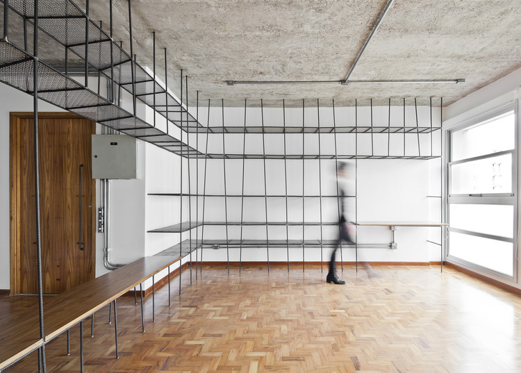 Pamplona Apartment / Zoom Urbanismo Arquitetura e Design, © Maíra Acayaba