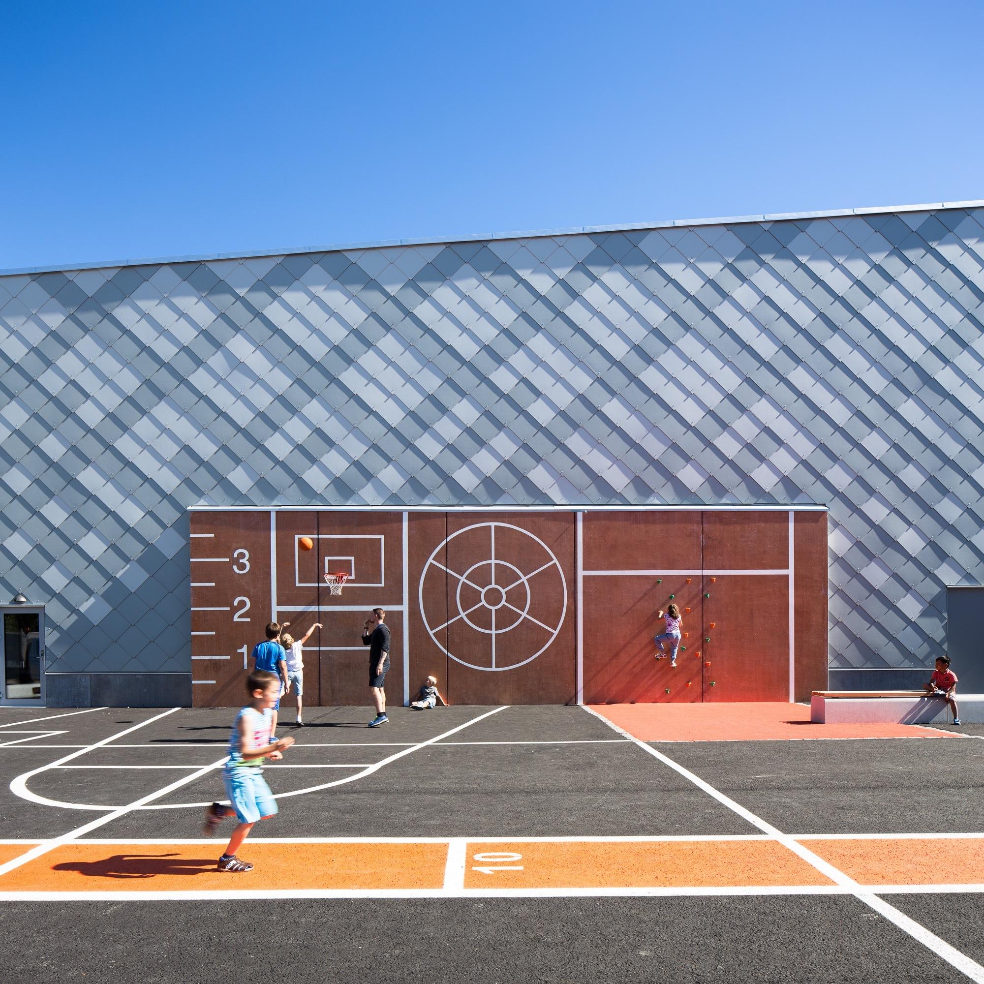 Rotebro Sports Hall / White Arkitekter thumbnail