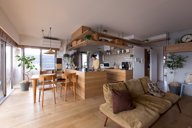 Nionohama Apartment House Renovation / ALTS Design Office, © Fuji-Shokai / Masahiko Nishida