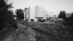 Álvaro Siza's Church of Saint-Jacques-de-la-Lande Under Construction in Brittany