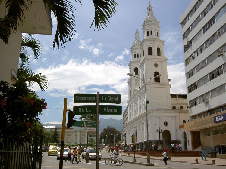 Bucaramanga, única ciudad latinoamericana destacada entre las más competitivas del mundo, Bucaramanga, Colombia. Image © Carlos Espejo [Flickr], bajo licencia CC BY-NC 2.0