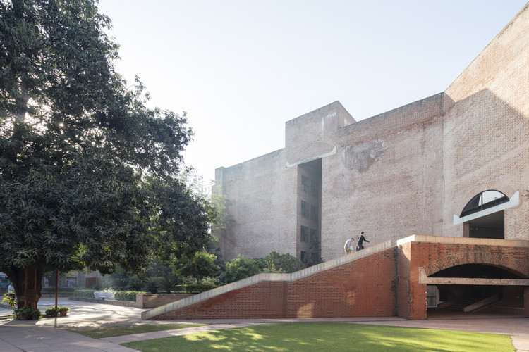 Louis Kahn's Indian Institute of Management in Ahmedabad Photographed by Laurian Ghinitoiu, © Laurian Ghinitoiu