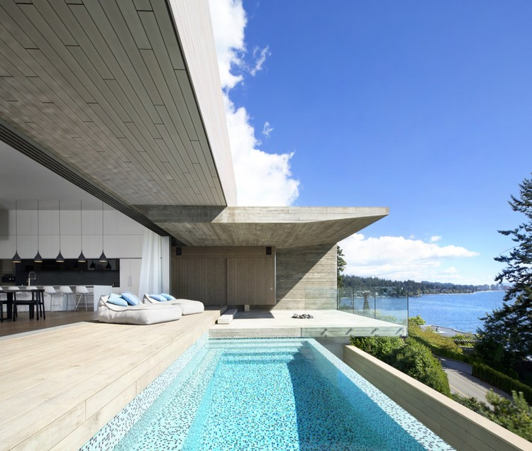 Sunset House / Mcleod Bovell Modern Houses | ArchDaily
