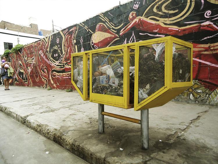 'Tacho Ausente': Estudiantes peruanos diseñan y reinstalan basureros en Chiclayo, Cortesía de Arturo Loro