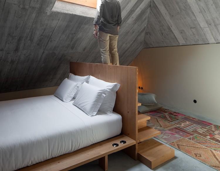 Habitação de Luxo Armazém / Pedra Líquida, © José Campos