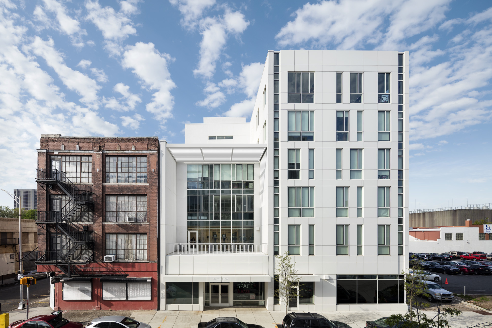 Teachers village richard meier partners archdaily for Hotel design jersey