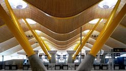 Terminal do Aeroporto de Madri-Barajas  / Estudio Lamela + Richard Rogers Partnership