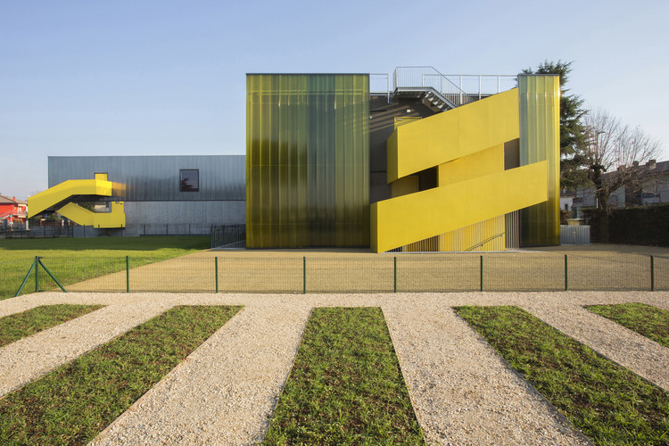 G.Zanella Primary School Renovation and Extension / Giulia de Appolonia- officina di architettura, © atelier XYZ