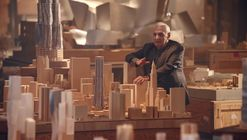 Frank Gehry to Teach Online Course on Architecture & Design