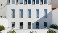 Prazeres Building / Aurora Arquitectos