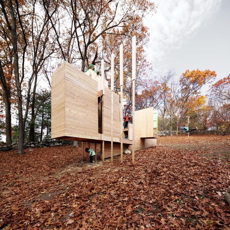 Five Fields Play Structure / Matter Design + FR|SCH, Courtesy of Matter Design + FR|SCH